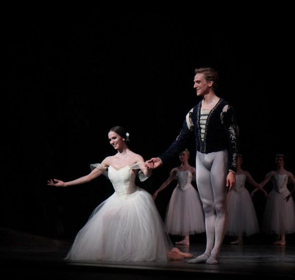 Polina-Semionova-David-Hallberg-Giselle-6-17-14d
