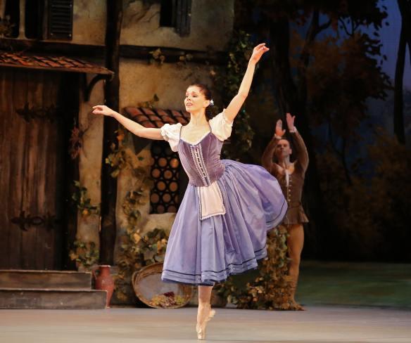 Natalia-Osipova-Leonid-Sarafanov-Mikhailovsky-Ballet-Giselle-11-11-14a