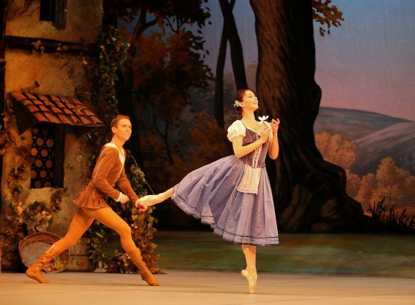 Natalia-Osipova-Leonid-Sarafanov-Mikhailovsky-Ballet-Giselle-11-11-14c