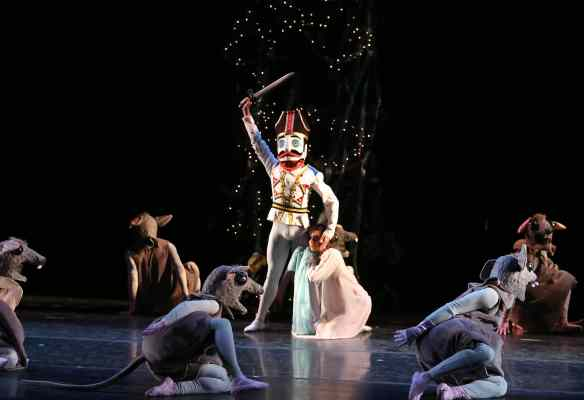 Michelle-Katcher-Johnny-Almeida-Gelsey-Kirkland-Ballet-Nutcracker-12-11-14c