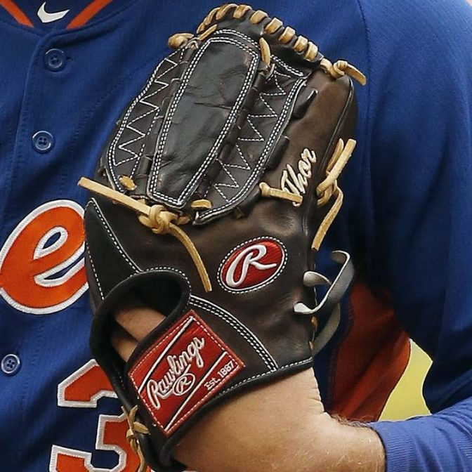 Noah Syndergaard's glove: Mocha Rawlings Pro Preferred PRO1000