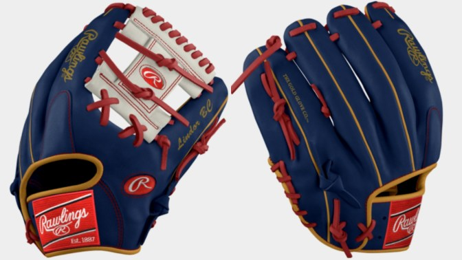 Francisco Lindor's WBC Glove