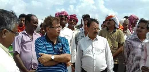 इब्राहिमाबाद नौबरार में तीन जने 'मास्साब' गायब मिले, डीएम ने दिया सस्पेंड करने का आदेश