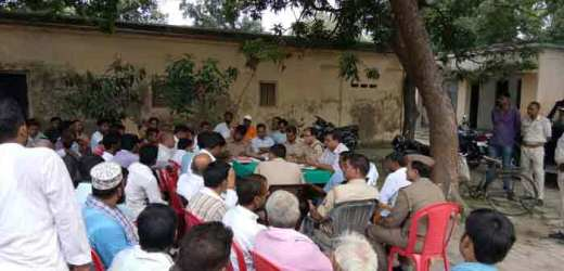 शांति समिति की बैठक में दुर्गा पूजन व मुहर्रम मेल मिलाप से मनाने पर विचार-विमर्श