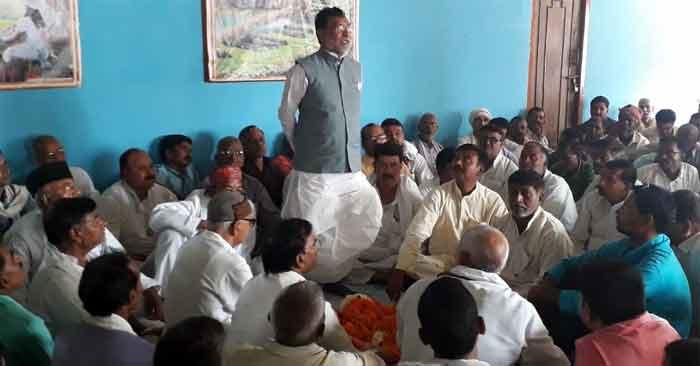 फरेब व पाखंड में पारंगत हैं केन्द्र व प्रदेश सरकार, सजग रहें-नेता प्रतिपक्ष