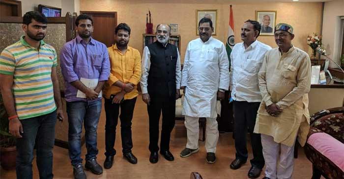 ददरी मेले को राष्ट्रीय दर्जा दिलाने के लिए पर्यटन मंत्री से मिले सांसद भरत सिंह