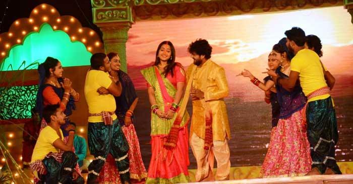 छठ पूजा की तैयारी में भोजपुरी कलाकारों ने की 'जय छठी माई' की शूटिंग