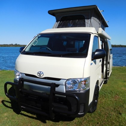Frontline Adventurer Toyota Hiace LWB - Stock No: 8065