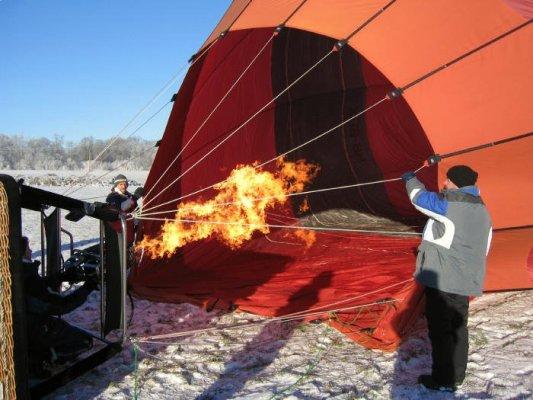 Ballon wird heiss gefüllt