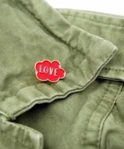 Pin Enamel Words Set Love Wolke Metal circa 3cm 02