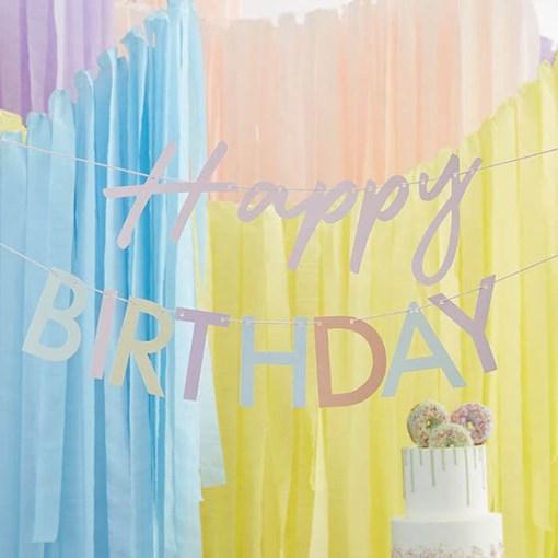 Girlande ''Happy BIRTHDAY'', Pappe pastell-bunt, rosa Kordel, 2x 1,5 m, Dekobeispiel