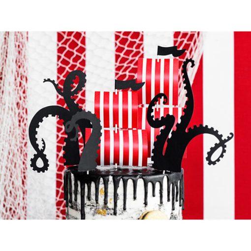 Kuchentopper ''PIRATES PARTY'', 2x Segel u. 3x Oktopusarme, auf Holzstecker, 13,5 - 21 cm, Dekobeispiel