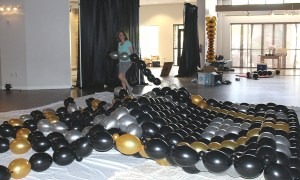 Balloonopolis building a balloon wall, by Balloonopolis, Columbia, SC