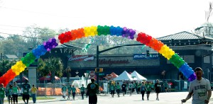 St. Pat's Day Run, rainbow balloon arch, by Balloonopolis, Columbia, SC