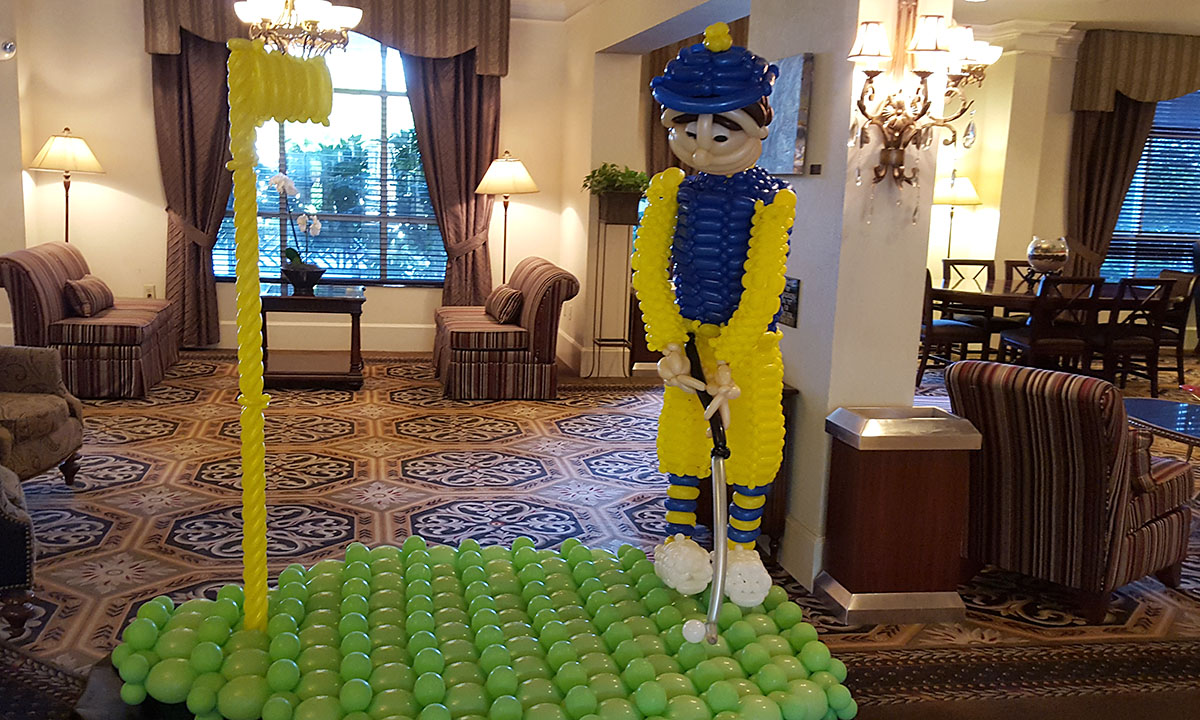 Golfer Balloon Greeter, by Balloonopolis, Columbia, SC - Balloon Greeters