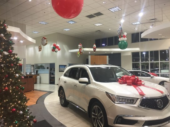 Indoor Balloons for Dealerships