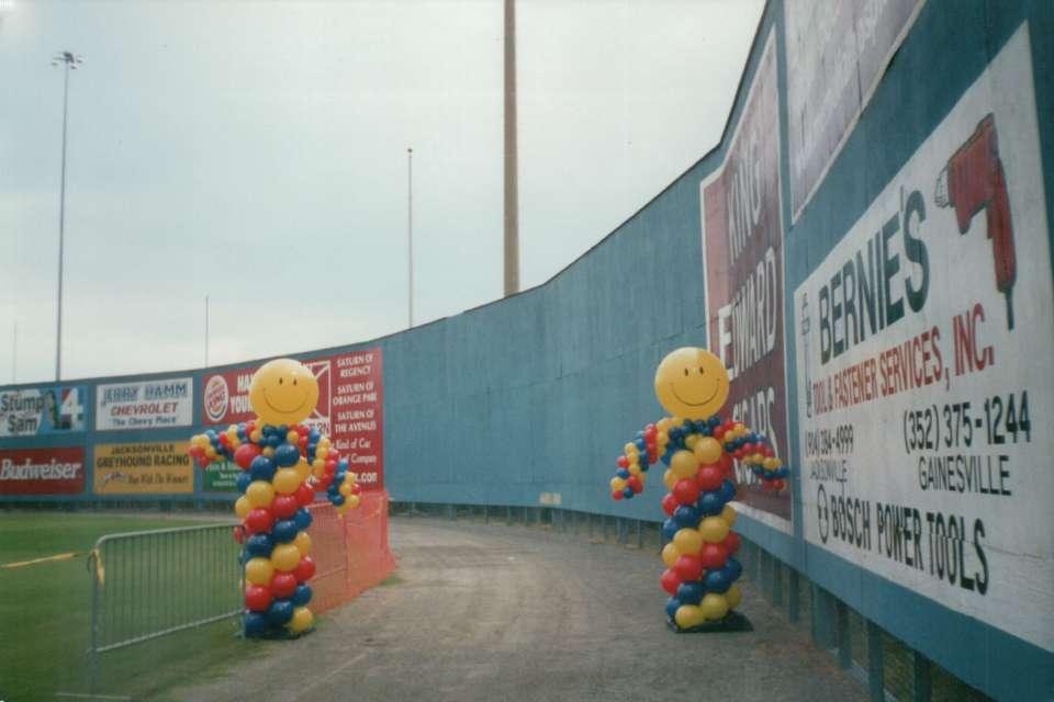 Smiley Face Balloon Columns