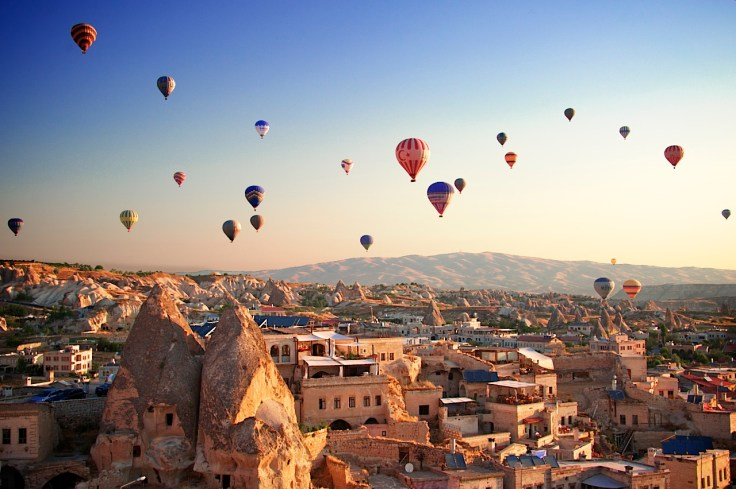 https://i1.wp.com/balloonteam.net/montgolfier/wp-content/uploads/2014/03/Wake-up-Goreme.jpg?w=736