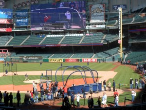 Fans line up to take batting practice at Minute Maid Park during the Annual Astros Fan Fest. Photo R. Anderson