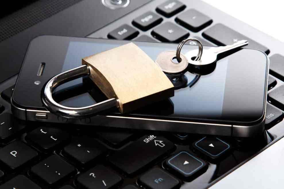 Apple VS FBI on privacy