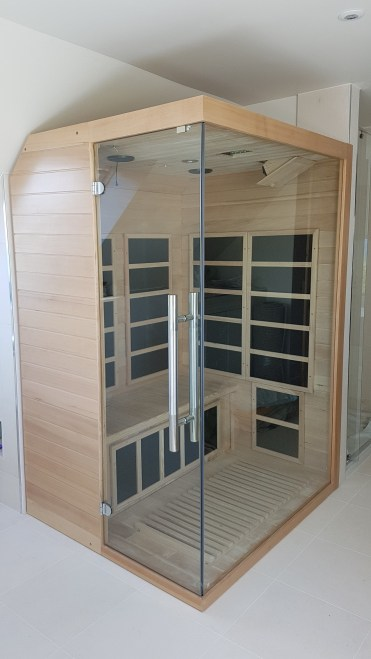 Infr-red sauna for two