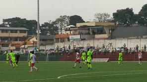 Momento de la celebración del segundo tanto de Universitario ante Colorados Sc en Santo Domingo.