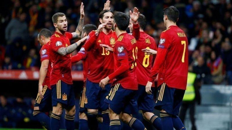 La Selección Española y una renovación que ilusiona   Balón Latino