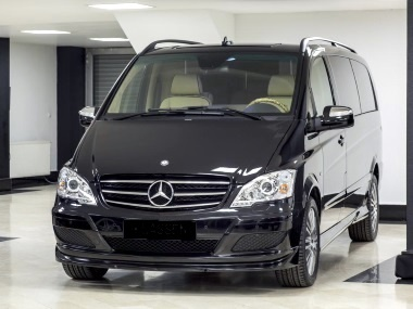Rent of minibuses MB VIANO