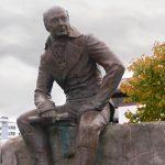 Подпишите петицию против сноса памятника русскому губернатору Аляски Александру Баранову