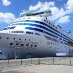 Первым рейсом парома из Финляндии в Ригу прибыли 1500 пассажиров