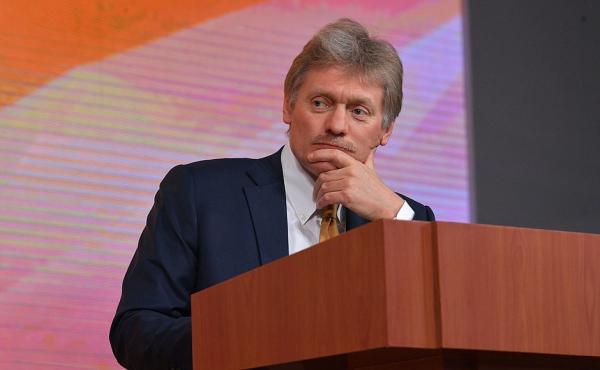 Россия «никогда не устанет» думать о русскоговорящих за рубежом, заявили в Кремле