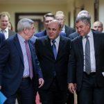 Михаил Мишустин поручил взять на особый контроль строительство и ремонт дорог