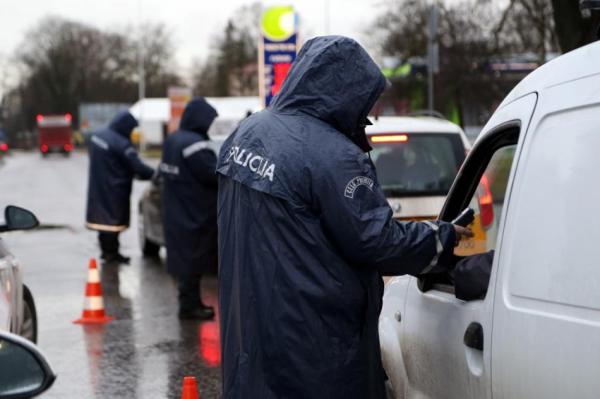 Полиция во время Лиго будет усиленно контролировать безопасность движения
