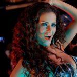 Популярную танцовщицу осудили в Египте за распущенность