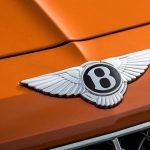Bentley Bentayga: рассекречены фото обновленного кроссовера до премьеры
