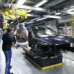 BMW отправит на пенсию 6000 рабочих