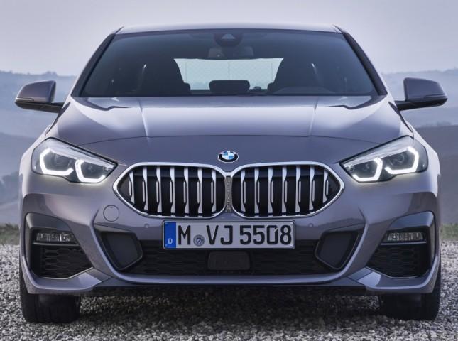 BMW отзывает автомобили в России из-за проблем с подушками безопасности