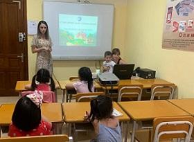 Детский языковой лагерь «Теремок знаний» открылся в Ханое