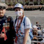 Около семисот волонтёров приняли участие в организации парада Победы