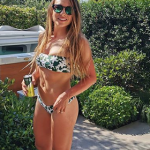 Фигура итальянской биатлонистки в купальнике восхитила фанатов