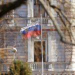 Посольства РФ в 53 странах возьмут на контроль памятники российской истории
