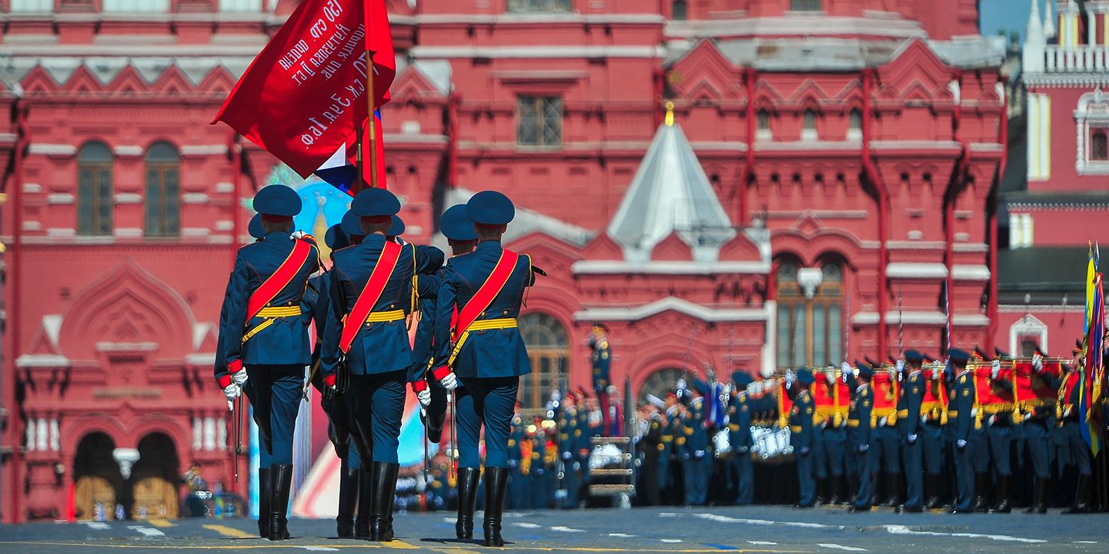 Репетиция парада Победы: 14 июня ограничат движение транспорта в центре