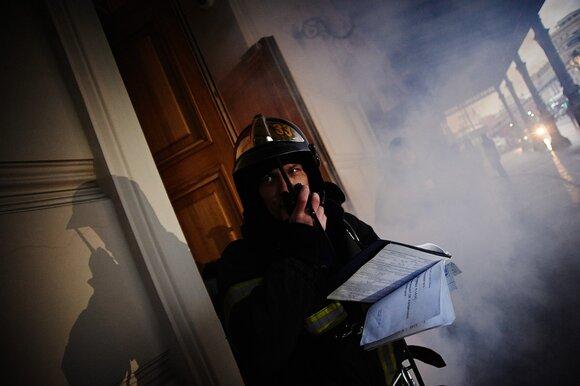 Семь человек спасли из пожара в Кузьминках