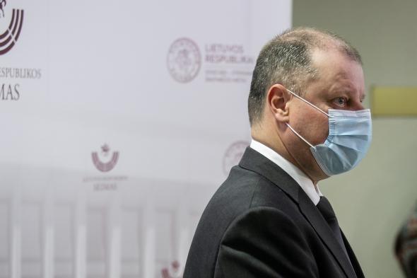 Премьер сказал, что Литва может вернуться к обязательному ношению масок