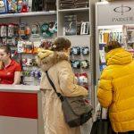 Доход от продаж у предприятий розничной торговли пошел в рост