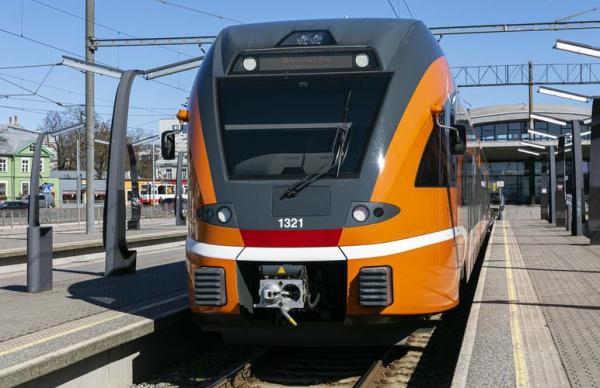 В поездах Elron могут ввести доплату за провоз велосипедов
