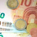 Коронакризис увеличил соблазн выплачивать зарплаты в конвертах