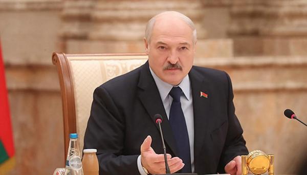 Лукашенко заявил о планах его оппонентов силой свергнуть власть