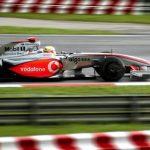 Руководитель Mercedes не исключает, что их болиды начнут перегреваться из-за новой черной ливреи