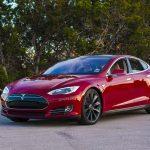 Tesla намерена создать самый крутой автопилот в мире, но не попадать его в ДТП так и не научила